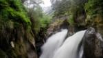 Wanderweg mit Wasserstufe